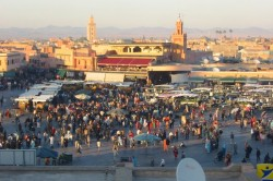 the-citys-main-public-square-djemaa-el-fna-2005-marrakesh